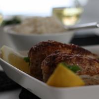 Sitruunakanaa tai broilerin rintaleikettä sitruuna-kermakastikkeessa